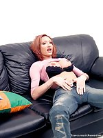 Busty Tranny In Fencenet Stockings Jerks On Sofa