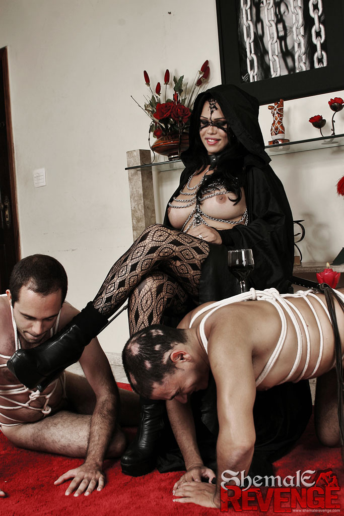 Раб госпожа порногалереи бесплатно