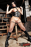 Yara Is Stunning In Her Leather Domina Gear