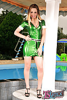Poolside Latex TS Bruna Castro