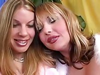 Two hot trannies like oral sex