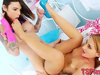 Shemale Chelsea Marie banged horny babe