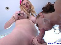 Busty tranny facefucking cock hungry female