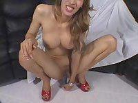 6-foot-2 beauty pees and toys her ass