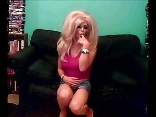 Nikki Nicole is a sexy bitch