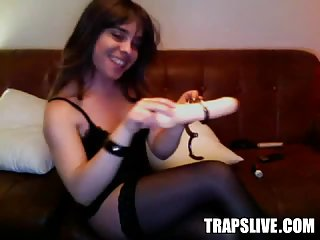 Beautiful Italian Shemale Giant Dildo & Handcuffs Webcam