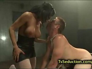 Yummy Shemale Nailing Her Fuck Guy