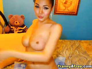 Exotic Tgirl webcam solo