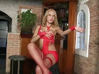 Blonde in red jerks like crazy