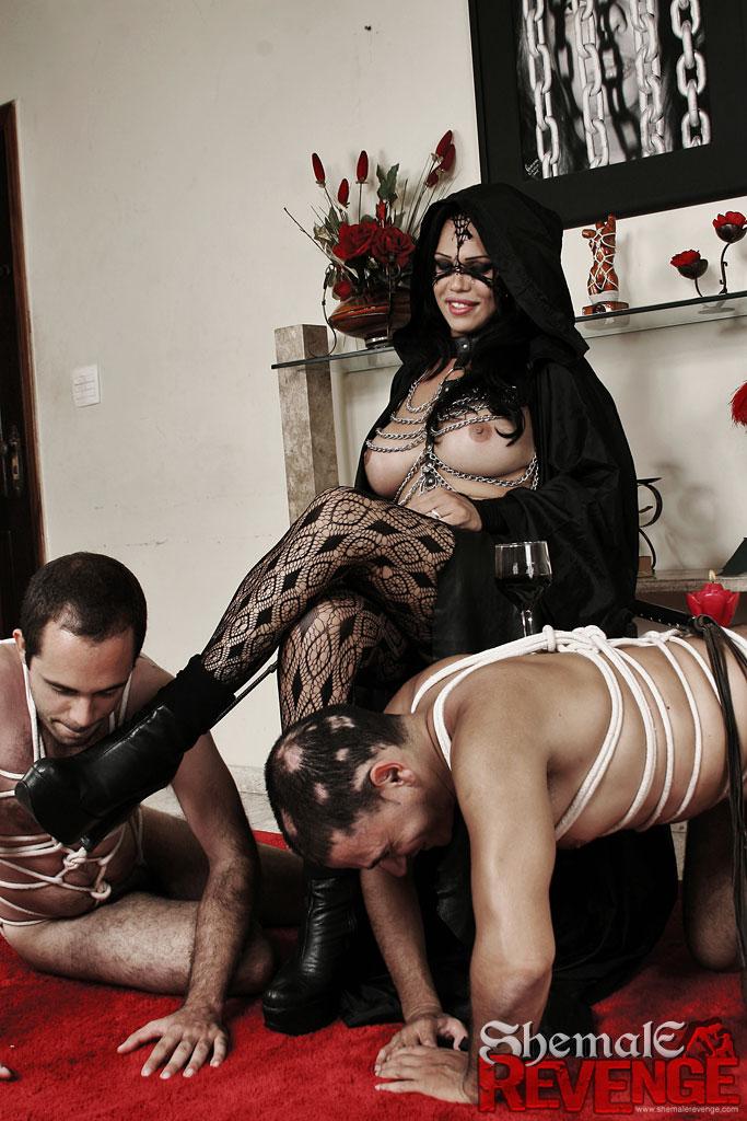 Госпожа и раб фото онлайн